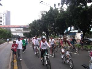 """""""Sepeda dan Jalan Sehat di Jl. Sudirman Jakarta Pusat"""""""