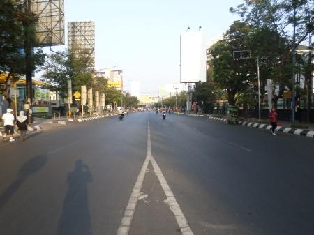 Ruas jalan araah tugu Muda dari Simpang Lima kota Semarang